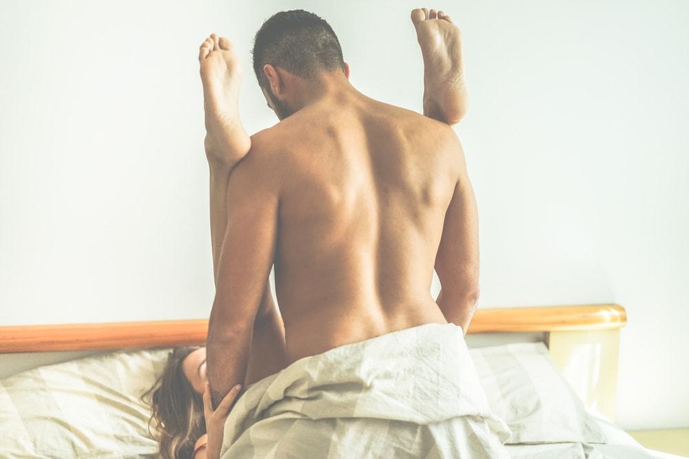 人妻と楽しい逆援助交際するには。その方法と人妻との体験談